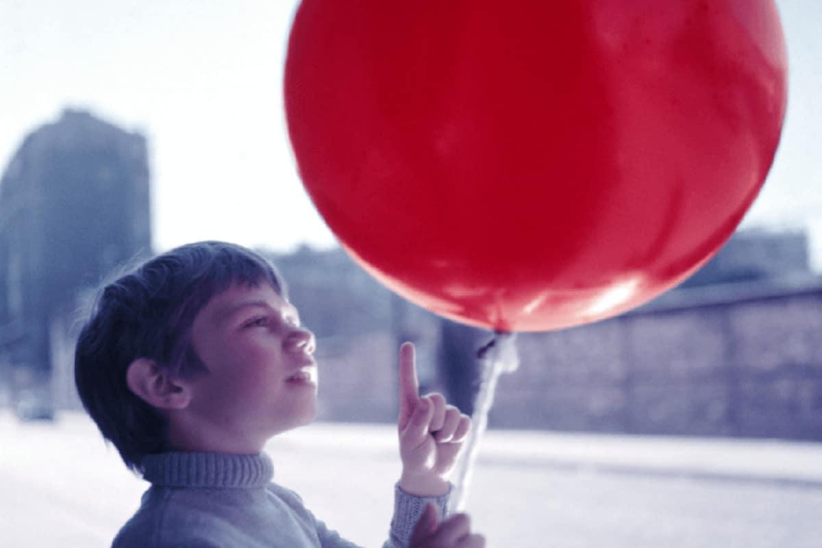 قصة بائع البالونات اجمل قصص اطفال مكتوبة