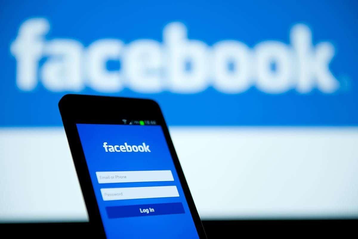 هل تعلم عن الفيس بوك