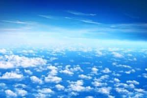 الغيوم الأكثر ارتفاعا عن سطح الأرض