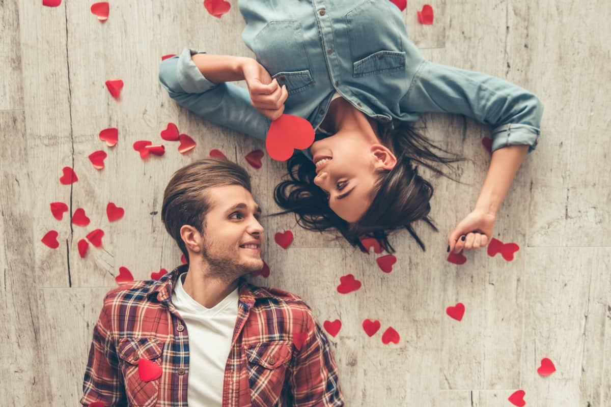 أفضل كلام عن الحب تويتر .. أحلى كلمات حب 2021t