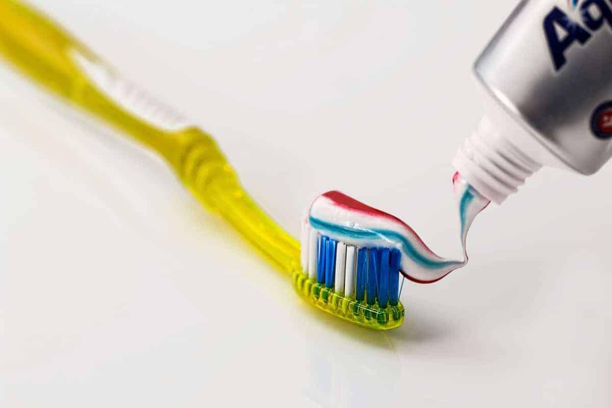 هل معجون الأسنان يفطر الصائم