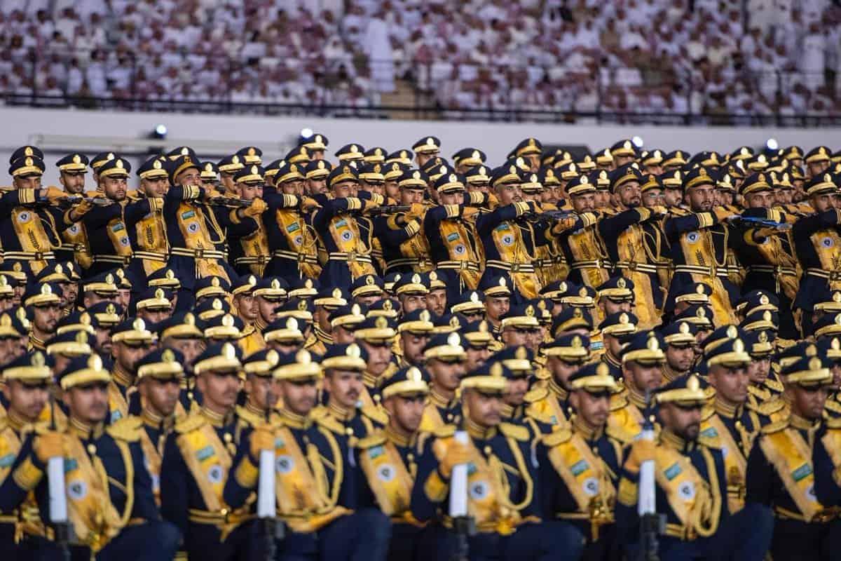كلية الملك فهد الأمنية لخريجي الثانوية ضباط
